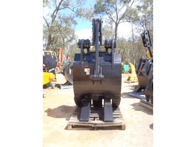 caterpillar 25-30 ton 326365 006