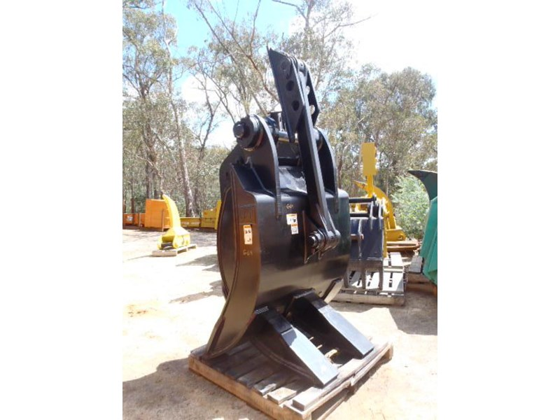 caterpillar 25-30 ton 326365 007