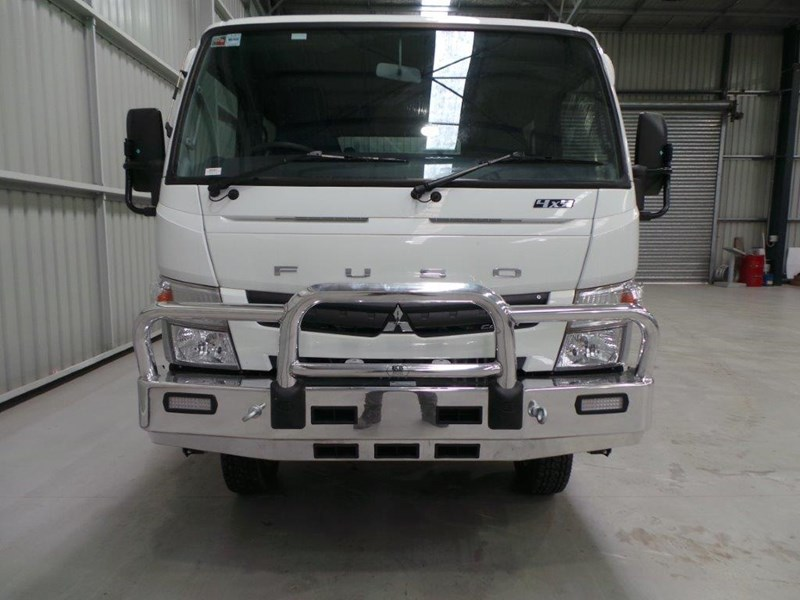 fuso canter 715 327800 007