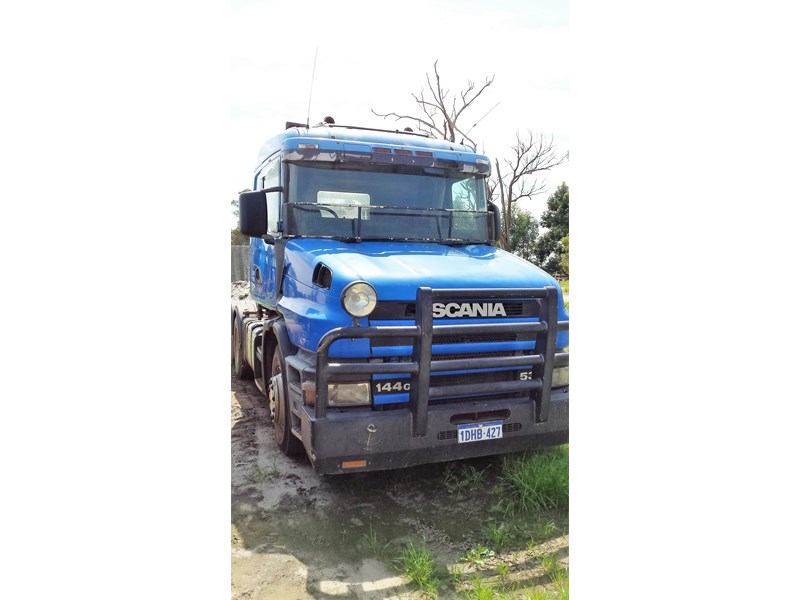 scania t144 329167 003