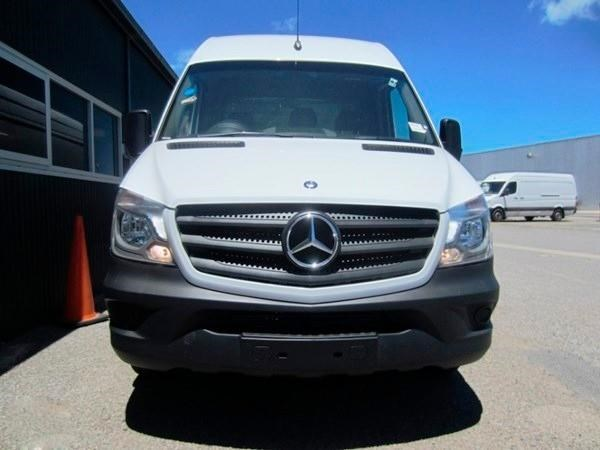 mercedes-benz sprinter 313 cdi 329444 002