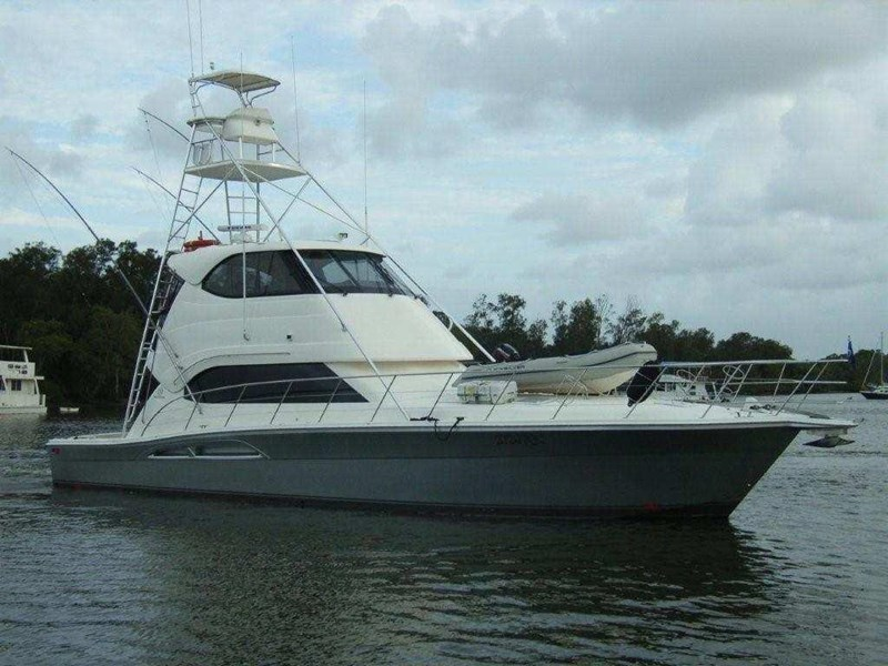 Riviera 51 enclosed flybridge game fishing boat for sale for Fishing pontoons for sale