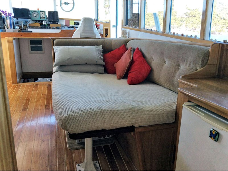 long range liveaboard cruiser 55ft 334744 018
