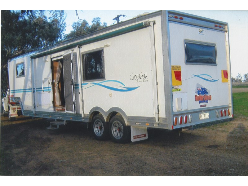 custom built mother goose trailers 2010 5th wheeler & 2006 navara 335380 005