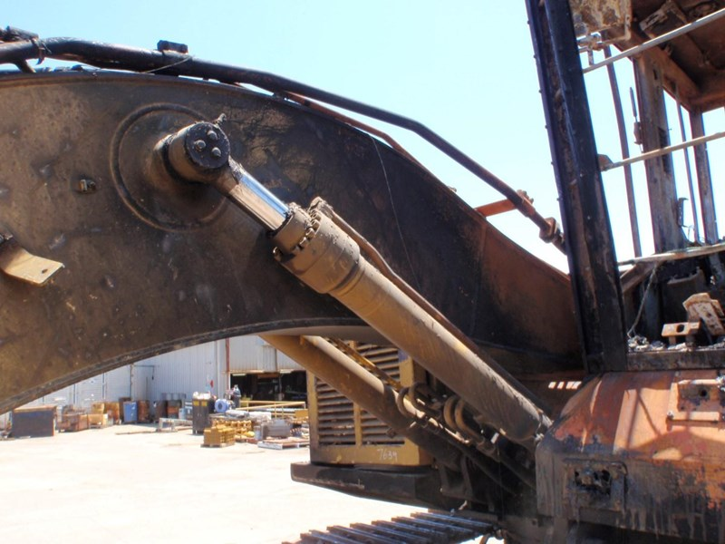 caterpillar 320cfm 335612 011