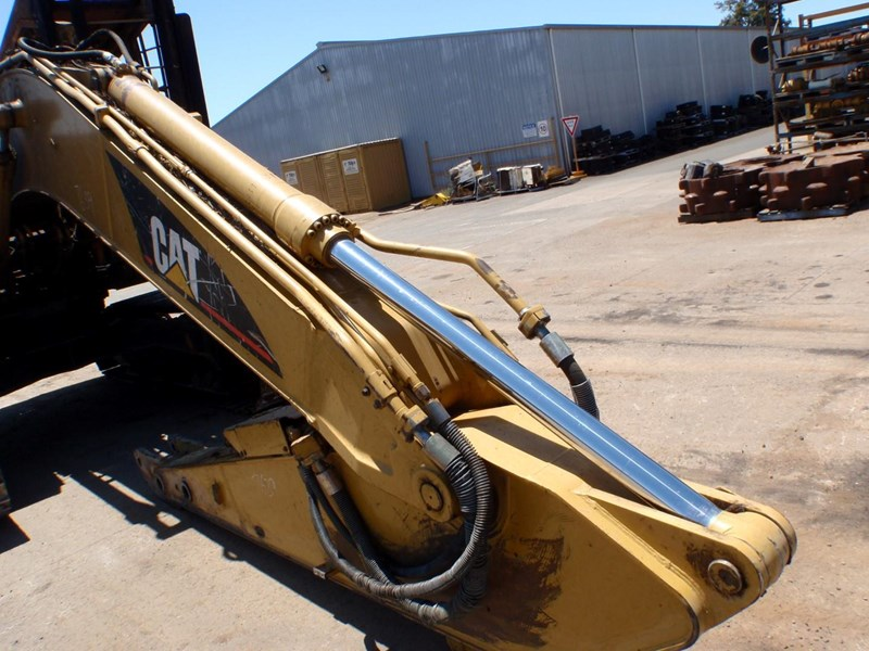 caterpillar 320cfm 335612 013