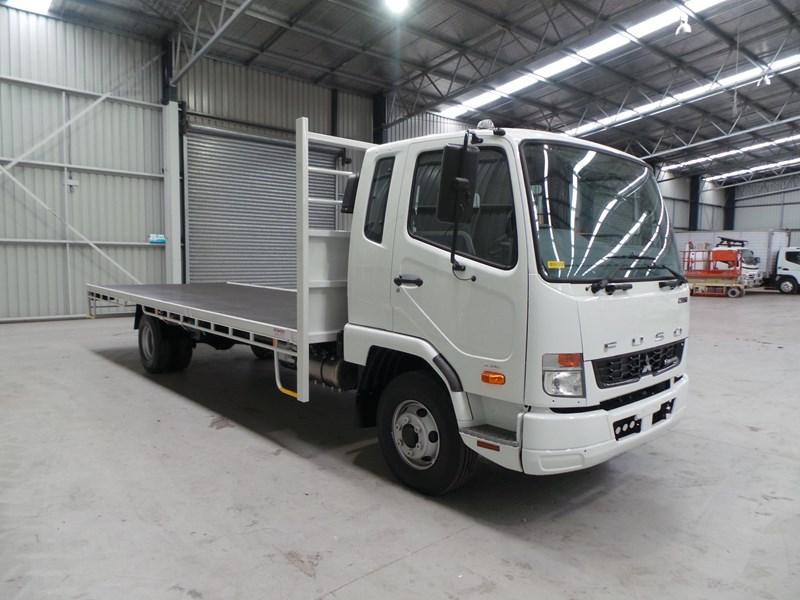 fuso fighter 1024 336843 006