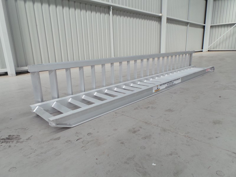 workmate 3 ton alloy loading ramps 10082 001