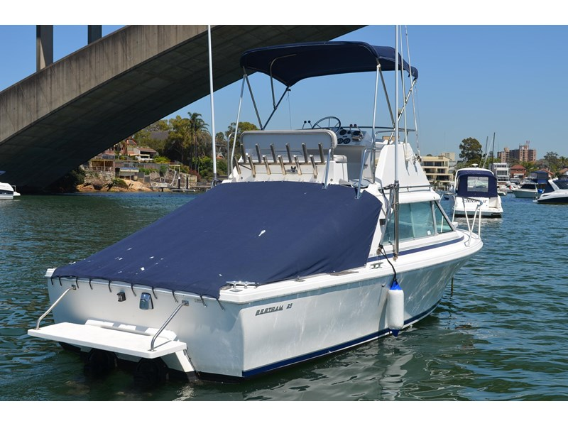 bertram 25 flybridge 338000 004