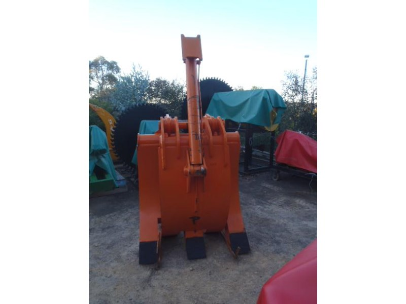 sec hitachi zx270 pickup 340812 005