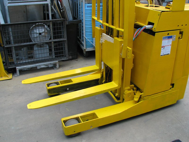 ameise ftm 16g 115-400t reach forklift 342357 008