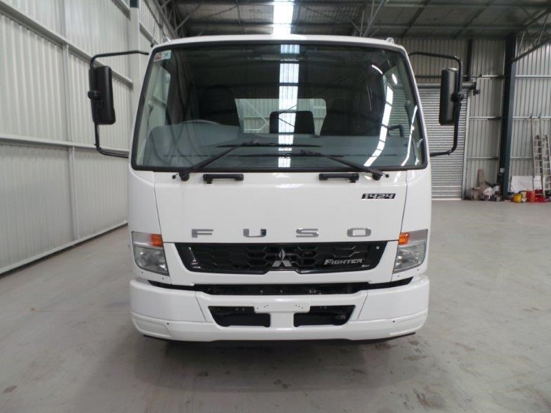 fuso fighter 1424 345424 009