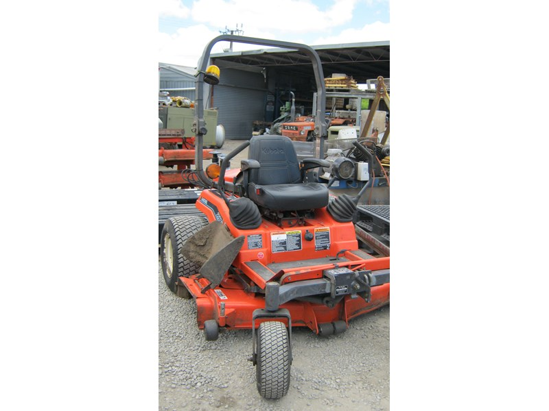 kubota zd21 ride on mower (2 of) 343968 005