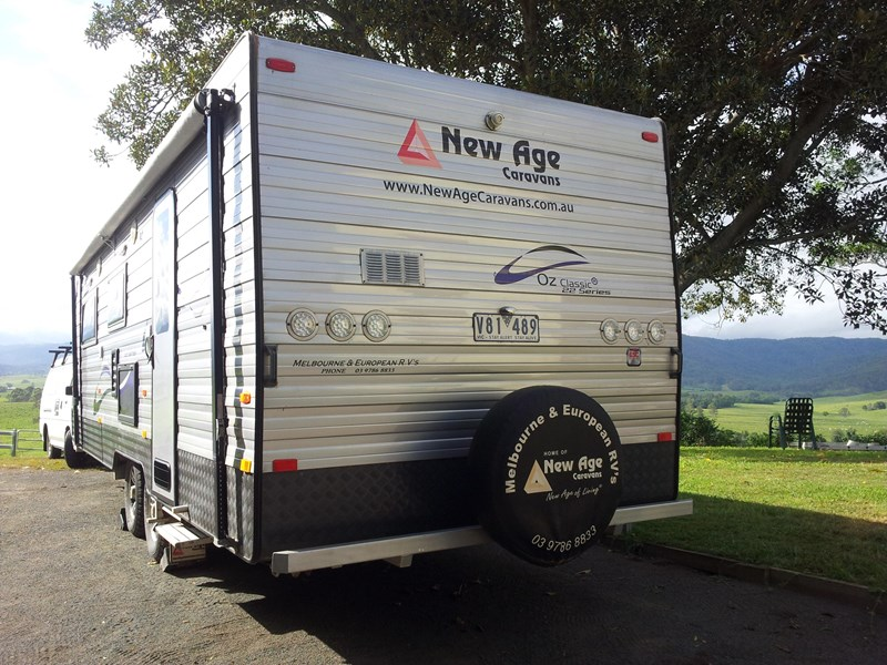 new age oz classic 22ft ensuite 349354 006