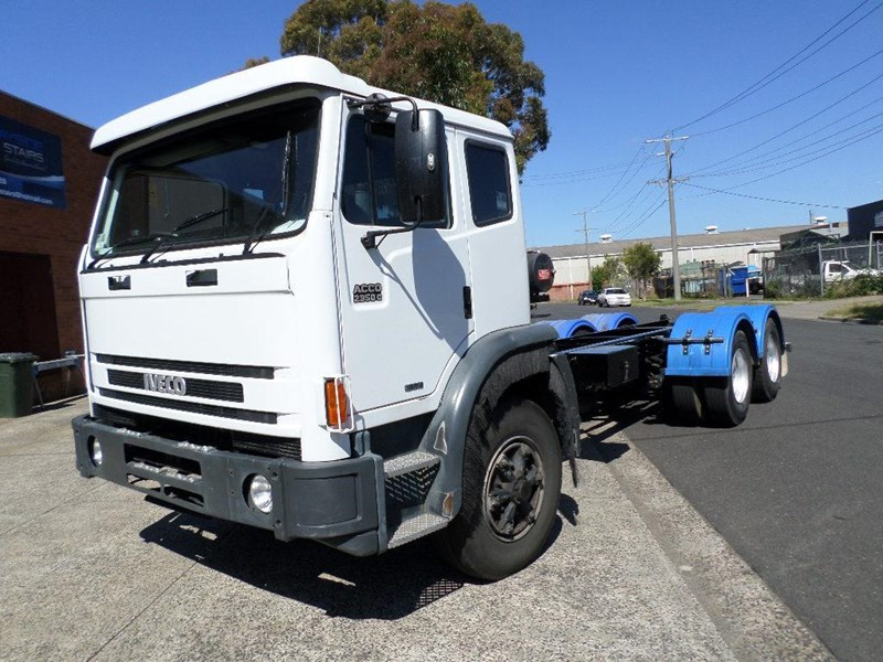 iveco acco 2350g 347995 001