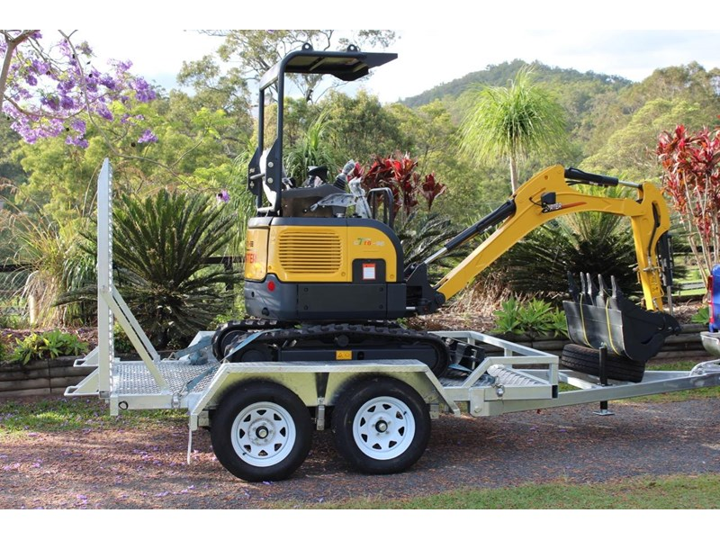 carter yanmar powered zero swing with plant trailer 349558 001