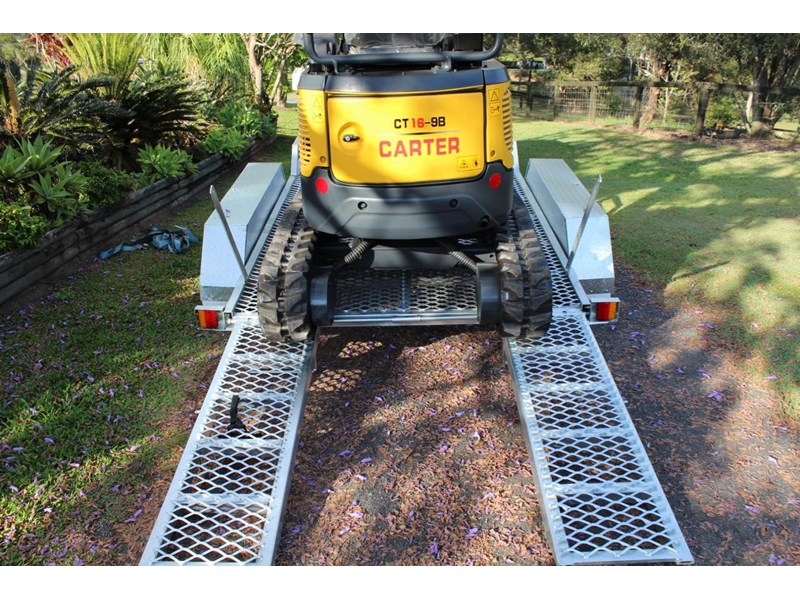 carter yanmar powered zero swing with plant trailer 349558 009