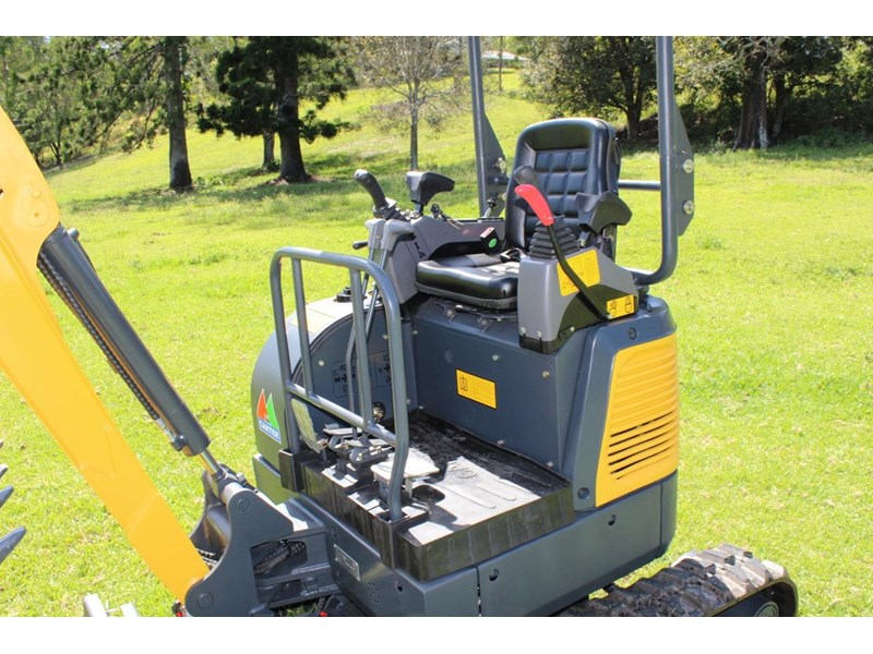 carter ct16 yanmar powered mini excavator zero swing 349469 012