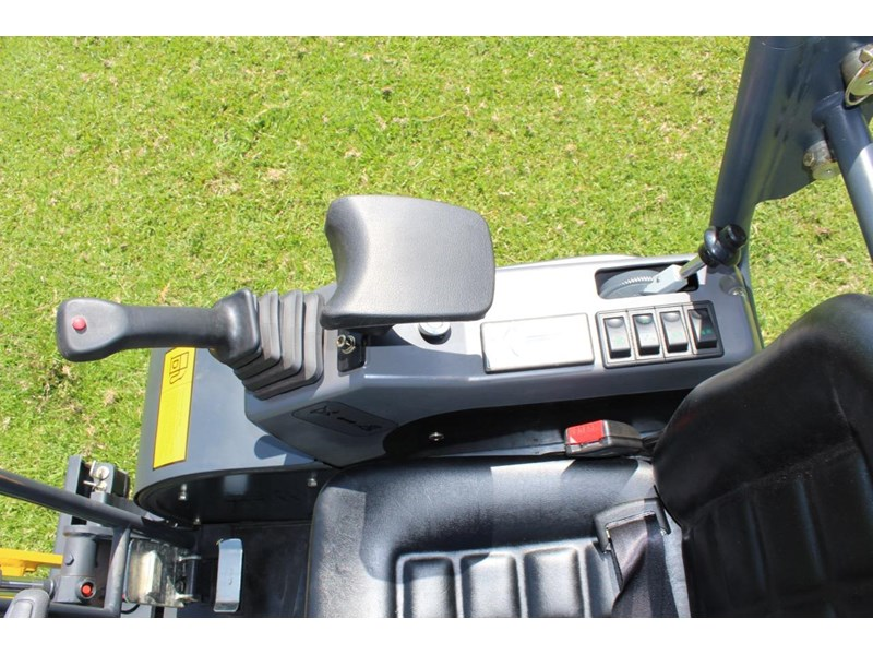 carter ct16 yanmar powered mini excavator zero swing 349469 017