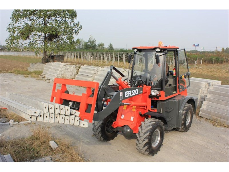 everun er20 wheel loader with 2 buckets and forks 349639 005
