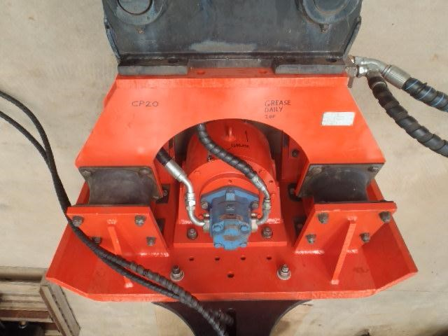pneuvibe hire - cp300 pile driver 351957 010