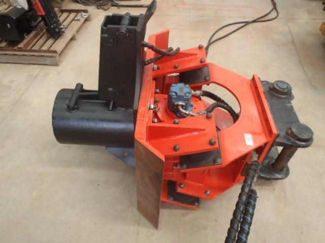 pneuvibe hire - cp300 pile driver 351957 012