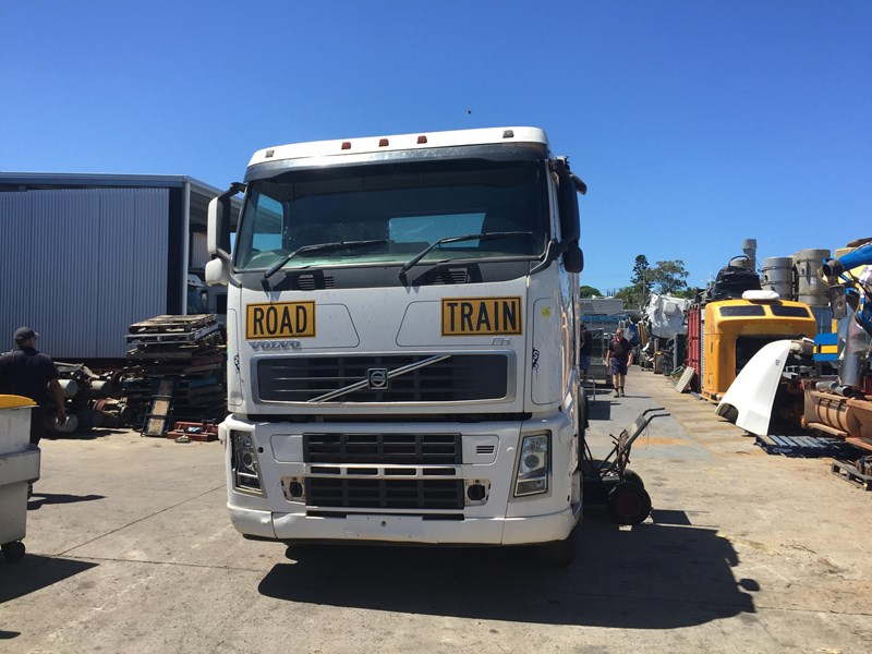volvo fh580 348860 002