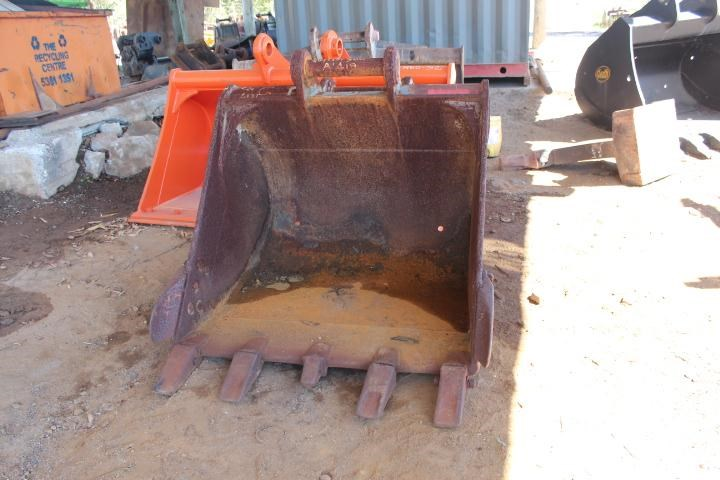 unknown 1300mm gp bucket 354777 001