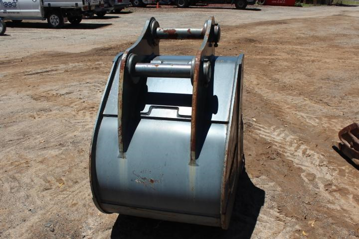 dromone 900mm gp bucket 354800 004