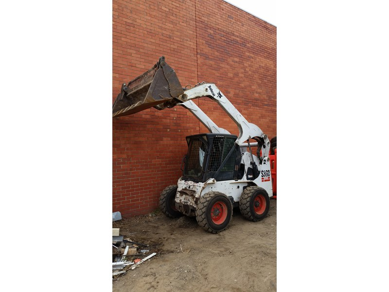 bobcat s300 skid steer loader 355539 002