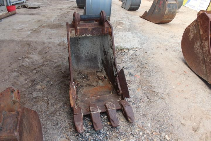unknown 600mm trench bucket 355636 002