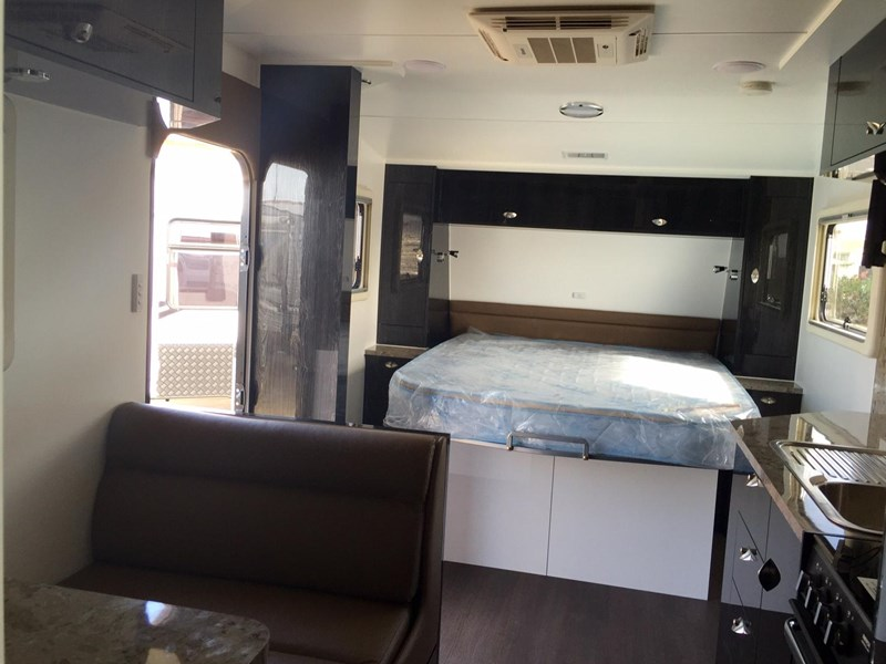 goldstream rv family bunk van 356146 011