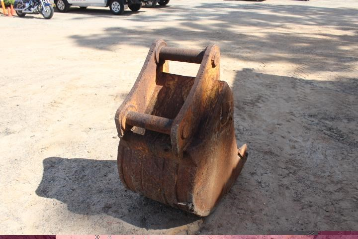 unknown 600mm trench bucket 356660 003