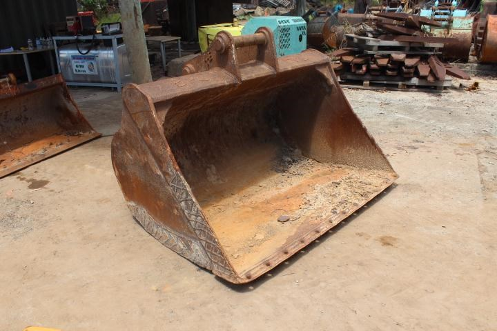 turners engineering 1800mm mud bucket 356686 002