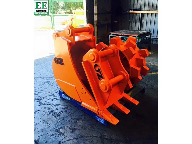case everything earthmoving mini excavator buckets suit cx14, cx15, cx17, cx18 356795 008