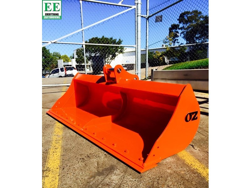case everything earthmoving mini excavator buckets suit cx14, cx15, cx17, cx18 356795 003