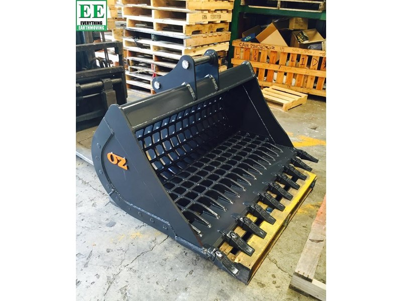 case everything earthmoving mini excavator buckets suit cx14, cx15, cx17, cx18 356795 005
