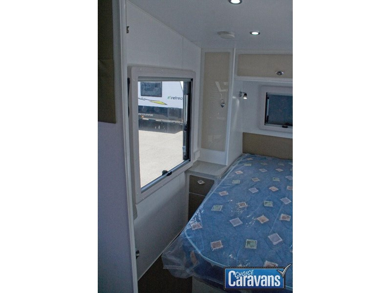 jb caravans dirt roader 19'9 358299 010