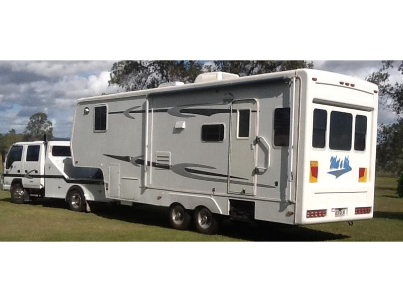 king of the road 30' fifth wheel 358686 001