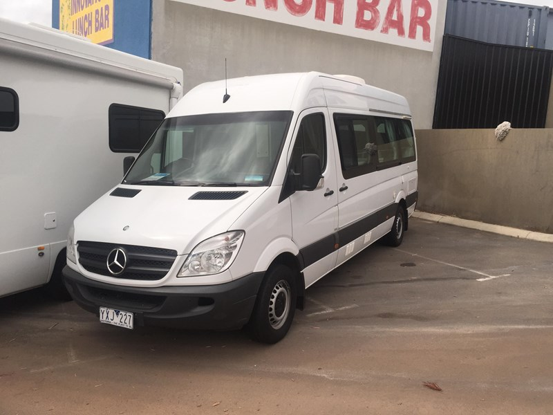 mercedes-benz sprinter 313cdi ultima 2 berth 359271 010