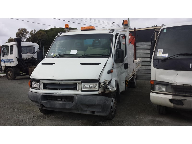 iveco daily 361895 002