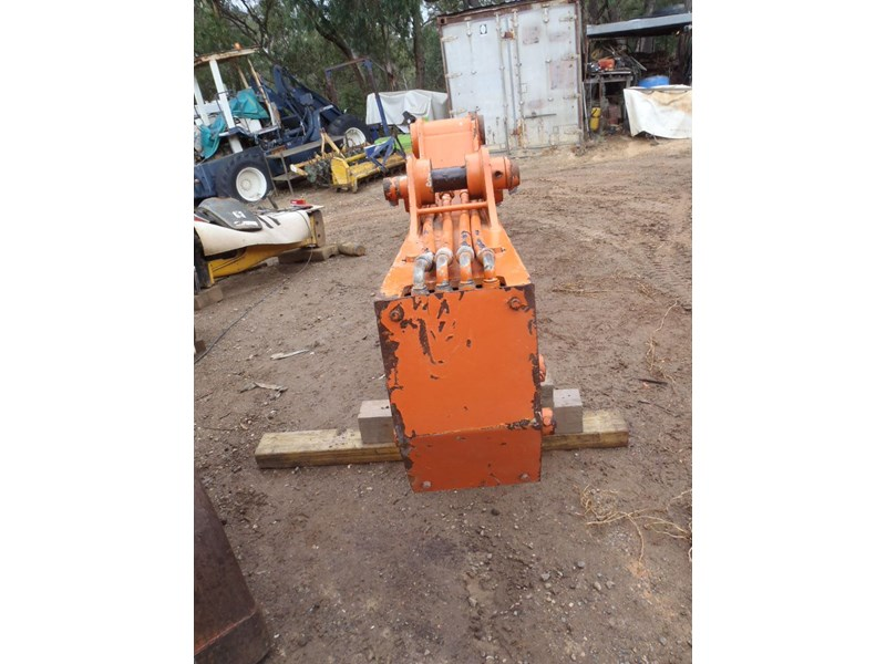 hitachi suit 20 tonner 362761 001