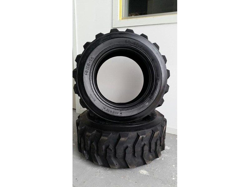 bobcat tyres 10- 16.5 10 ply 334132 001