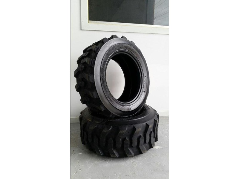 bobcat tyres 10- 16.5 10 ply 334132 002