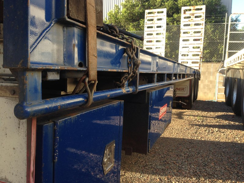 barker tri axle 45ft drop deck 364281 002