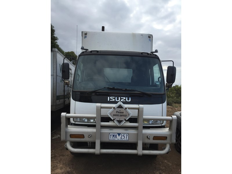 isuzu fvm1400 long 364828 002
