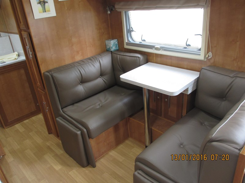 "lotus caravans trooper 19'6"" 367378 010"