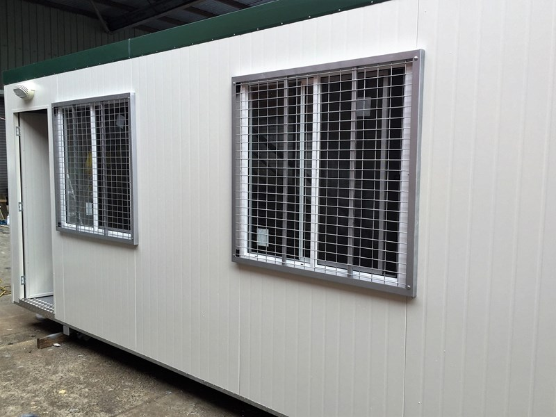 e i group portables 6m x 3m security bars split system 367896 004
