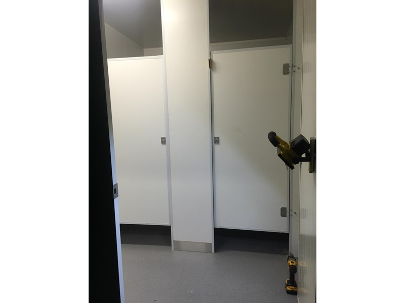 e i group portables 10.8m x 3m ablution/change room/lockers 368138 005