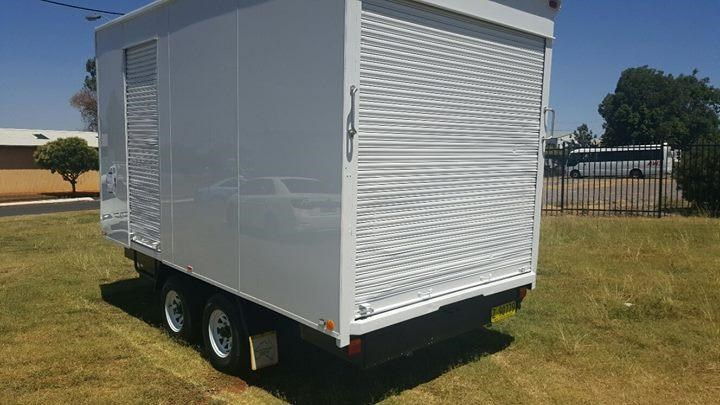 bee jay furniture trailer 375783 002